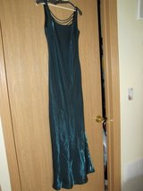 Teal Formal dress sz 7/8 in Sandwich, Illinois