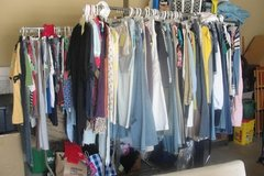 Teen girls' (plus more) clothes & accessories in Sandwich, Illinois